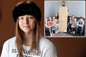 Athena Orchard, morta a 13 anni, e la lettera scritta sul retro dello specchio