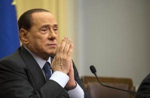 Berlusconi e la gaffe su Maria Elena Boschi (video)