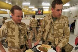Militari britannici troppo grassi per combattere: sovrappeso in 22mila su 32mila