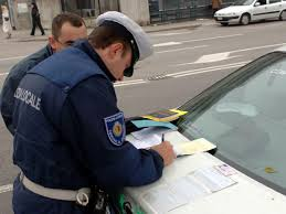 Cortina d'Ampezzo, i vigili si tenevano i soldi delle multe: 19 denunciati