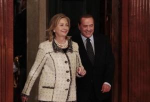 Hillary Clinton racconta Berlusconi: