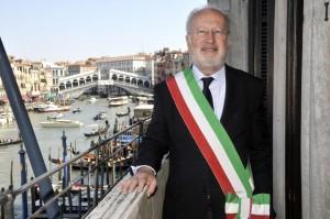 """Mose, Corriere: """"Giorgio Orsoni, il prof cattolico che preoccupa il Pd"""""""