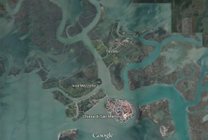 Isola di Torcello sta sparendo: rimasti solo 10 abitanti e un prete... (foto)