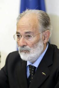 Federico Palomba, ex presidente della Sardegna, investe due donne: una muore