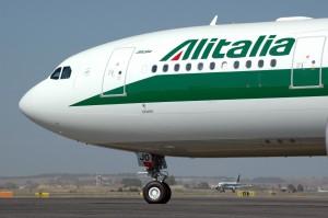Alitalia, sconto fiscale per piloti e assistenti