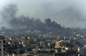 GGaza, razzo israeliano su un ospedale: 4 morti, 60 feriti 7