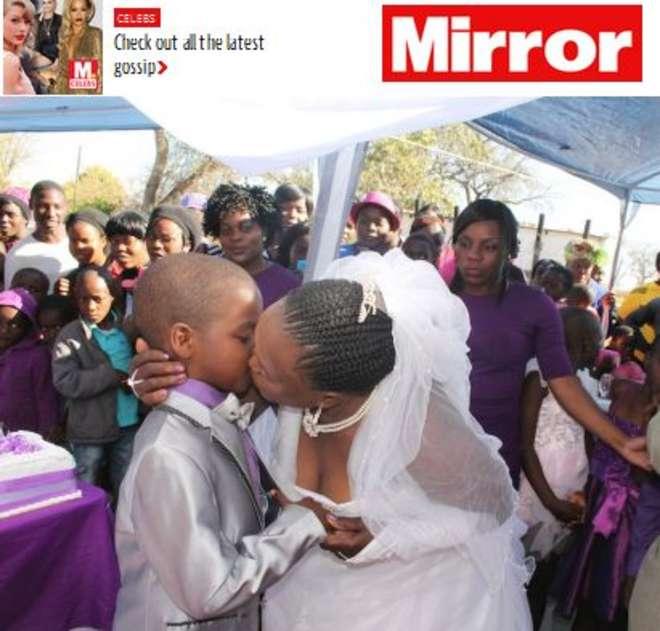 Sudafrica: bambino di 9 anni sposa donna di 62, foto del matrimonio