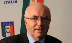 Carlo Tavecchio, 71 anni, curriculum e fedina penale del candidato presidente Fgci