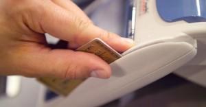 Come pagare, come prelevare e quanto costano le commissioni all'estero