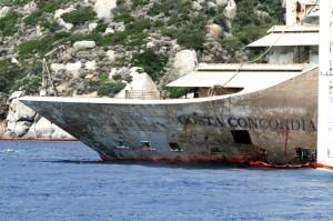 Costa Concordia, a Genova balcone con vista sul relitto: 2mila euro