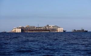 """Concordia """"vede"""" Genova, a 36 miglia dal porto. Renzi sarà tra gli spettatori"""