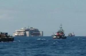 """Costa Concordia diretta: a Genova """"alle 5 di domenica"""". Ma rischio maltempo"""
