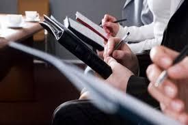 Mestieri a rischio: giornalisti, postini, agenti di viaggio tra 10 anni estinti
