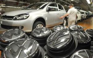 Germania, -1,8% di produzione industriale a maggio. Giù stime crescita Pil