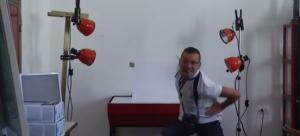 """""""Happy"""" entra nel carcere di Enna: dipendenti e detenuti ballano il tormentone"""