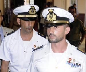 I maro' italiani Salvatore Girone (D) e Massimiliano Latorre