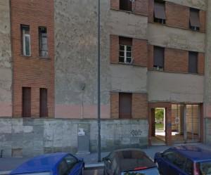 """Milano, a San Siro un condominio non va in ferie: """"Sennò ci occupano le case"""""""