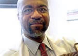 Il ginecologo Nikita Levy