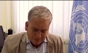 Gaza: Chris Gunness, portavoce Onu per rifugiati scoppia a piangere in tv