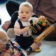 Principe George cammina: William e Kate Middleton diffondono FOTO 2