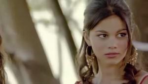 """Belen e Lapo in """"Rom romantica"""" di Laura Halilovic. Nomi preferiti dalle zingare"""