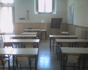 Roma, devastano scuola a Montesacro: condannati a ripararla
