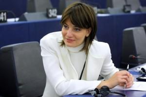 """Lara Comi (FI): """"Carlo Tavecchio razzista? Non va crocifisso per una frase"""""""