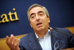 "Riforme, Maurizio Gasparri: ""Ostruzionisti eccitati, serve test antidroga..."""