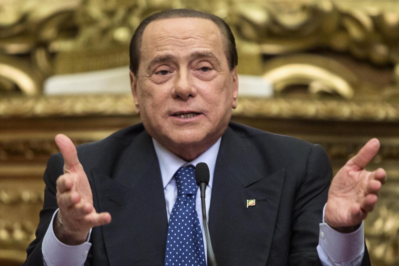 Forza italia in rosso casse vuote parlamentari impegnano for Parlamentari forza italia