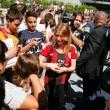 Barbara Berlusconi con la maglia del Milan saluta i tifosi10