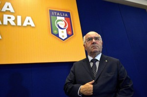 """""""Perché Tavecchio è meglio di Albertini"""", Luciano Moggi su Libero"""