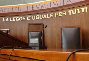 Villa D'Almé. Accoltella ex moglie e tenta suicidio: condannato a 14 anni