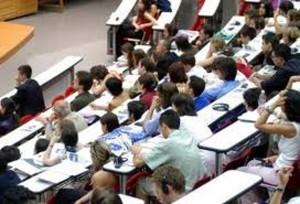 Università, tasse cresciute del 70% dal 2003