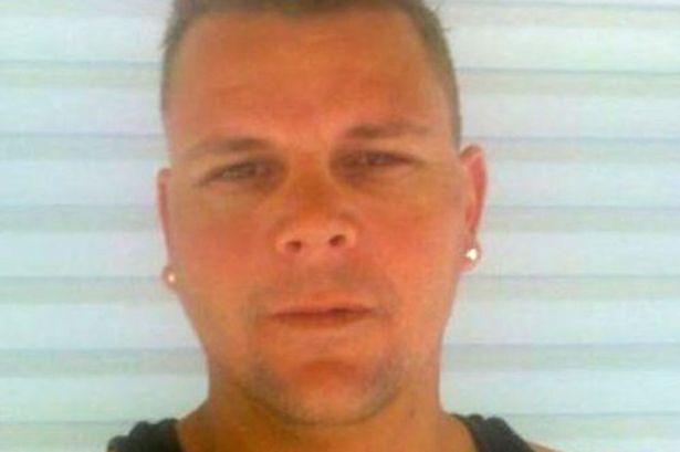 """Usa, buttano """"manichino"""" impiccato trovato in garage: era un cadavere"""