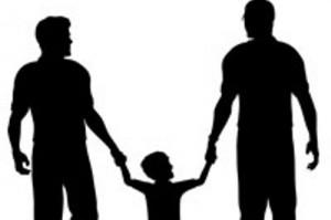 Adozioni gay, 5mila coppie gay in tribunale per poter avere un figlio