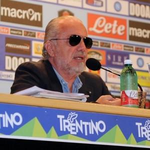 "Aldo Grasso vs Aurelio De Laurentiis: ""L'estate triste del signor Napoli"""