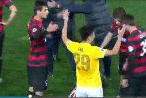 Marcello Lippi entra in campo e corre minaccioso verso l'arbitro