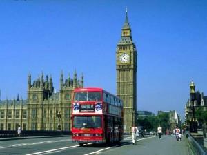 """Emirati Arabi tracciano la mappa della """"Londra pericolosa"""" ai turisti"""