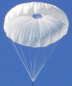 Fano: non si apre paracadute, si schianta al suolo e muore a 45 anni