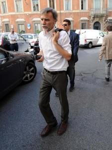 Renzi snobba la festa Pd di Reggio Emilia. Tra lui e Graziano Delrio è calato il gelo
