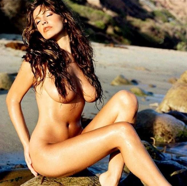 hot bikini cougars