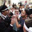 Napoli, corteo per Davide Bifolco. Carabiniere si toglie il cappello 20