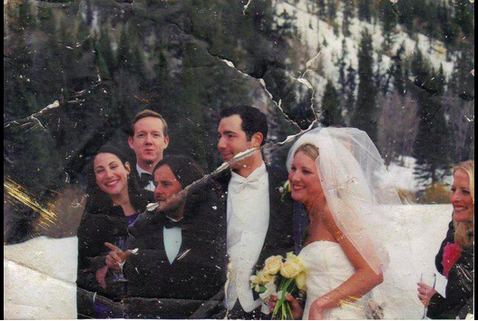 L'11 settembre 2001 trovò foto di nozze tra i detriti: rintraccia la sposa
