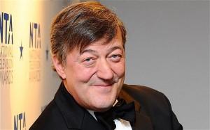 "Stephen Fry: ""Ho tirato cocaina a Buckingham Palace"""