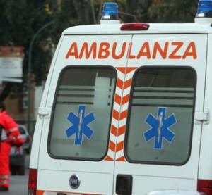 Velletri. Scontro tra auto e camion: 3 feriti, grave ragazza di 22 anni