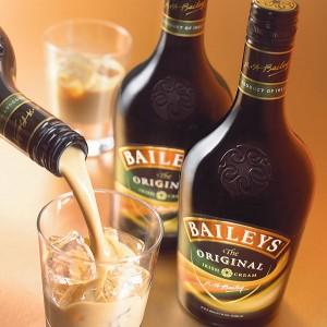 """Camerun, bevi Baileys? """"Sei gay"""". E rischi l'arresto"""