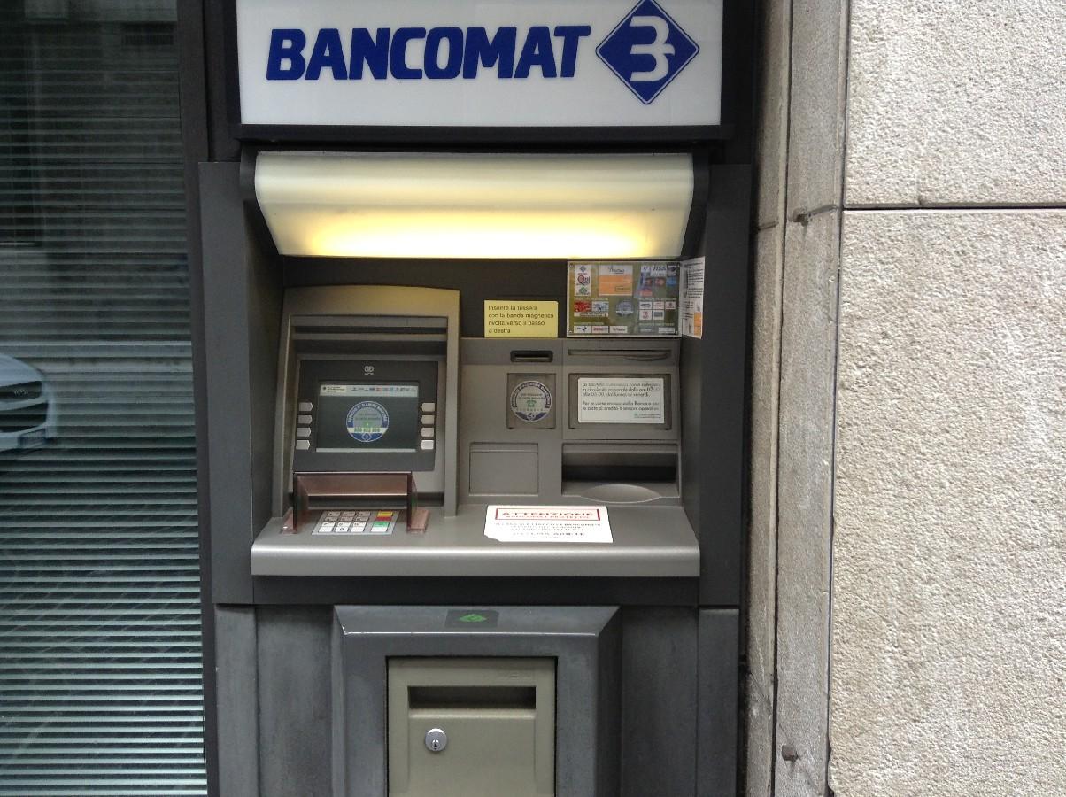 Ruba mille euro dal bancomat della sorella e va in vacanza for Amsterdam vacanza