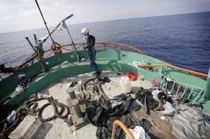 Migranti: in 110 sbarcano a Scicli. A Taranto ne arrivano 1800