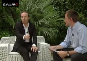 Roberto Benigni a Ballarò: ministro in topless non si vedeva da Spadolini VIDEO