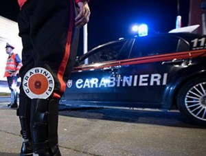Roma: uccide la moglie e l'amante della donna, poi telefona ai carabinieri